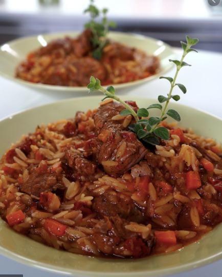 Giuvetsi ist ein Klassiker der griechischen Küche