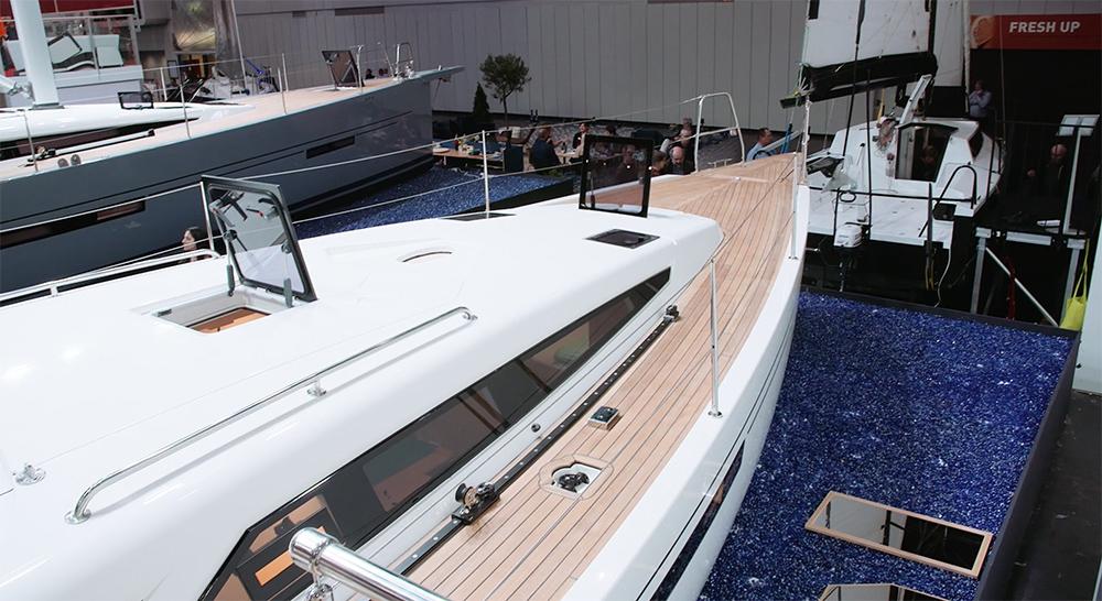More 40 - elegant ausgestellt auf der boot